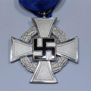 medalla por servir durante 25 años