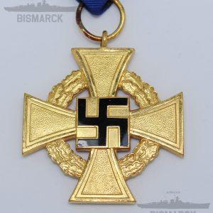 medalla 40 años leal servicio al estado