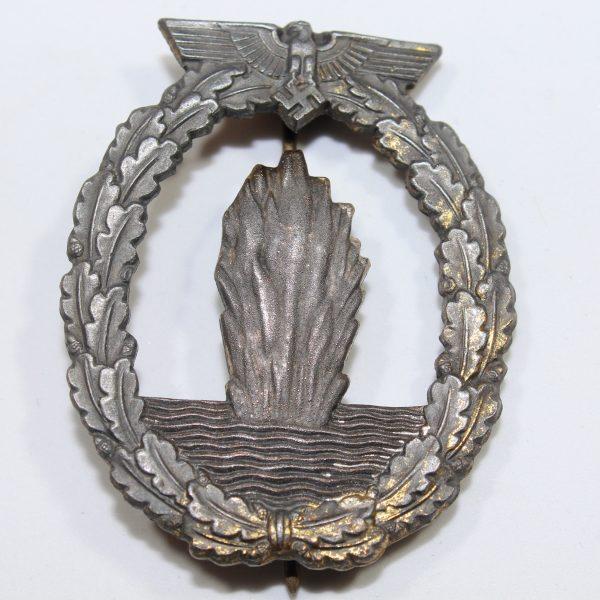 Distintivo de combate de Dragaminas, Cazasubmarinos y Escoltas