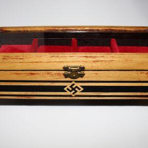 Estuche en madera para coleccion