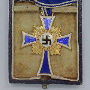 Medalla Cruz de Honor a la madre alemana