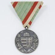 Medalla PRO DEO ET PATRIA_4