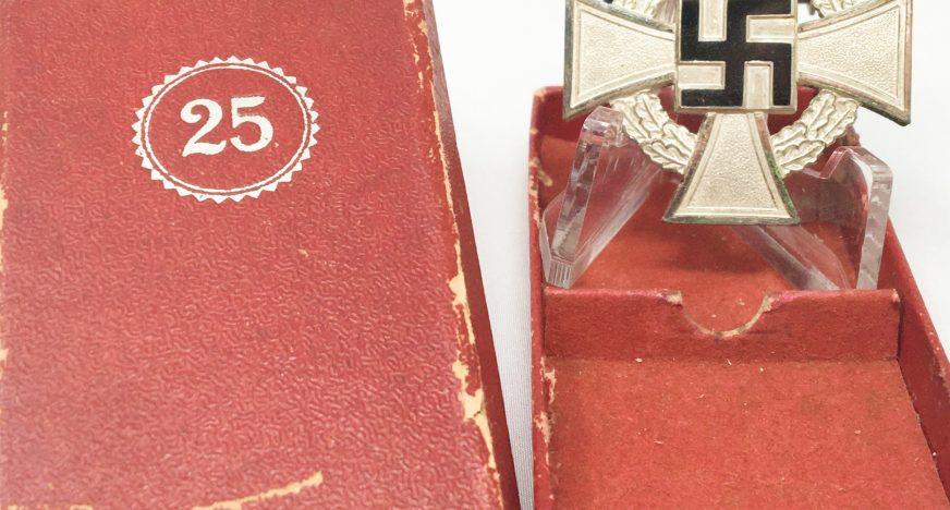 Medalla 25 años Servicio al Estado