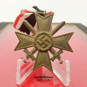 Medalla Cruz al Merito Militar ref03