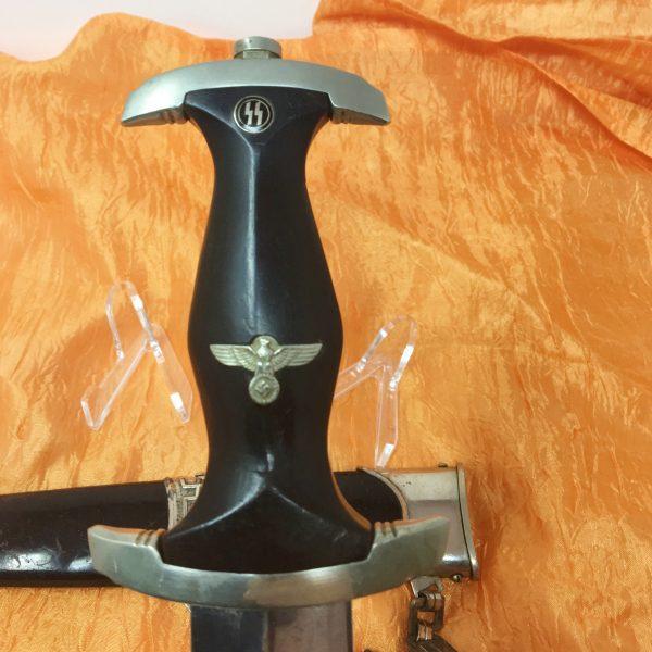 empuñadura daga de las ss dagas del tercer reich