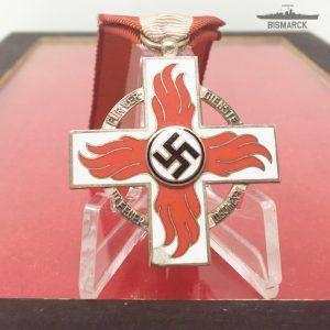 Reichsfeuerwehr Cruz por Meritos en el Servicio de Bomberos