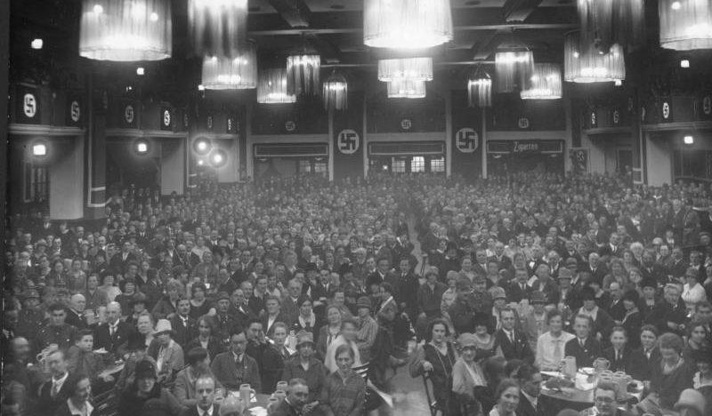 NSDAP-Versammlung im Bürgerbräukeller, München