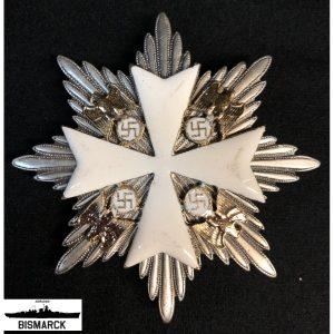 cruz atrezzo acorazado bismarck